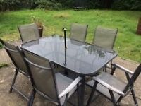 Garden table and 6 chairs - Cream Parasol included