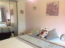 Double room for rent in quiet cul de sac