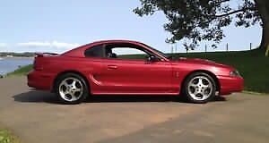 1996 Ford Mustang SVT Cobra Coupe (2 door)