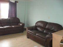 3 bedroom flat in Glenacre Road, CUMBERNAULD, G67