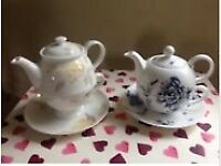 Teapot sets x 2