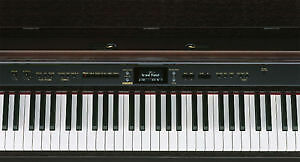 Roland full-sized 88key HP-207 Edmonton Edmonton Area image 3