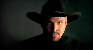Garth Brooks ROW 5 FLOOR - Edmonton -Feb 25,17 3:00  Show