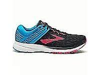 Ladies Brooks Ravenna 9 running shoes, size 6