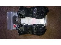 dainesse carbon tech new glooves size xl NEW