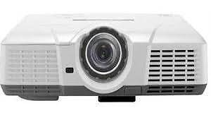 Mitsubishi WD500U-ST is Ultra Short Throw, Portable & Bright Mount Waverley Monash Area Preview
