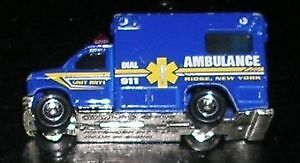 Die Cast Matchbox Ambulance 1:80