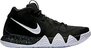 Selling kyrie 4's and curry 3's