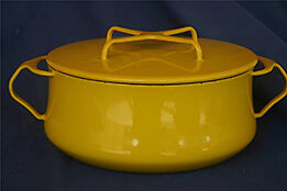 Kobenstyle enameled metal cookware