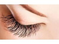 **Best quality Eyelash Extensions 1:1 classics (only) - Mobile technician**