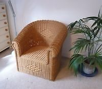 LARGE wicker Chair. Good Condition