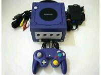 Nintendo GameCube 2 games and 2 controllers