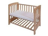 Cossatto Close To Me bedside cot