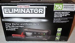 MotoMaster Eliminator 750 A Lithium-Ion Booster Pack and Power B