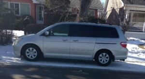 2005 Honda Odyssey, 8 passenger,  Highway kms, Priced to sell