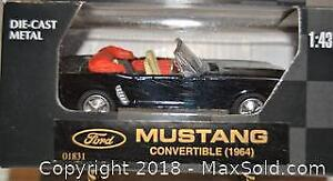 Classic Die-Cast 1964 FORD MUSTANG CONVERTIBLE - die-cast metal 1/43 scale model