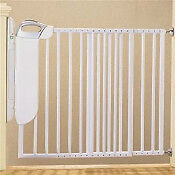 Safety 1st Stair Gate - new