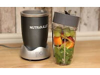 Nutribullet with small and large cup and blade