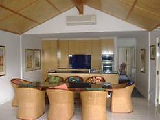 Bamboo House Accommodation Wyong Wyong Area Preview