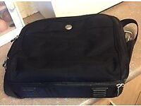 Dell Laptop Bag for up to 15 inch Screen ** comes with old laptop free*