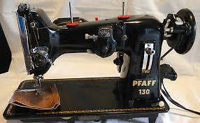hand cranked (zig zag) sewing machine Nelson Bay Port Stephens Area Preview