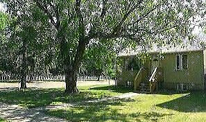Great Location Mainfloor home Utilities Included