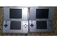 2 Nintendo DS consoles