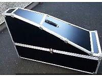 Harp flight/carrying case.