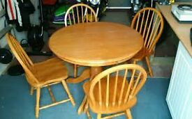 Extending Pine Drum Gate Leg Table with 6 Chairs
