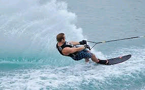 Wakeboarding/surfing/tubing EXPERIENCE! Right at YOUR cottage!