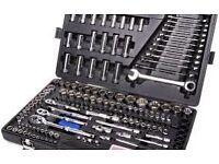 Halfords 170 socket &wrench set new dewalt makita