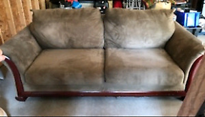 Chesterfield / Couch