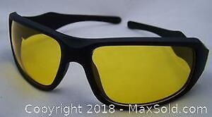 Adult Yellow Lens Night Driving Glasses NEW in Bag No Box - B