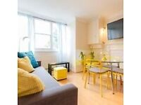 A Fabulous 2 bedroom fully furnished flat to let in most desirable location of Kensington