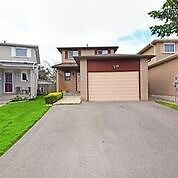 ☆☆ Right Price, Right Home, 3 Br Detached Home ☆☆