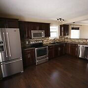 TOTALLY Renovated, Thickwood Home, in-law suite, Dbl Garage