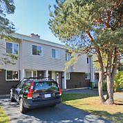 Townhouse in Clayton Park. 4 Bedroom. Move Now.