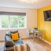 Lovely - newly refurbished to an outstanding quality studio flat - Clifton