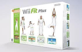 Nintendo WiiFit Plus Balance Board & Game - with sleeve and bag