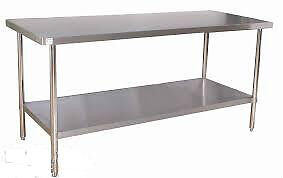 TABLE ACIER INOXYDABLE -STAINLESS STEEL