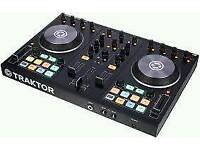 Traktor s2 with software