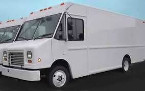 12' Truck with Fridge and Chest Freezer