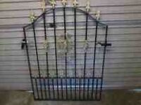 HEAVY DUTY METAL FRONT GATE