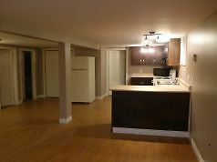 67A Grenfell Ave–3 Bdrm Apart in Quiet Center City Neighborhoo