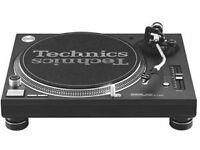 2 x Technics 1210 With Ortofon Concorde Stylus and Traktor Scratch and Citronics Mixer