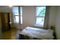 Spacious Bedsit With Wi-Fi & Own kitchenette in Hammersmith Available For 1 Person Or A Couple
