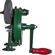 Hand-driven grinder 134230