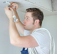 PROFESSIONAL HANDYMAN AVAILABLE TODAY AT $30/HR.