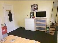 COMPACT!!! 1 BEDROOM FLAT IN LEYTON , E10 5NA £1150 PCM AVAILABLE NOW!!!