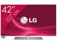 "42"" LG LED ULTRA THIN SMART TV - WITH BOX"